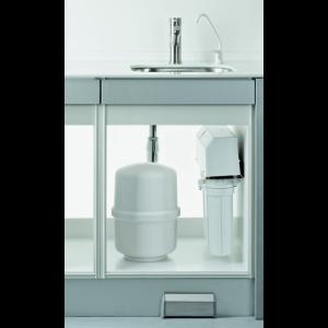 MELAdem 47 Wasser-Aufbereitungsanlage eingebaut mit Vorratsbehälter